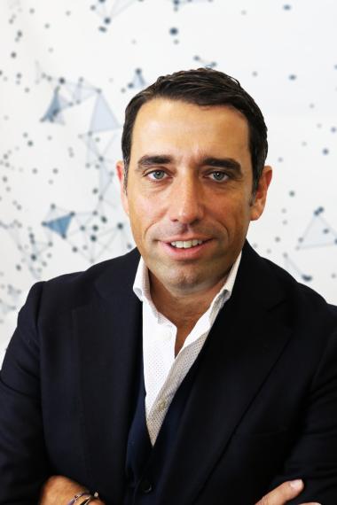 Dr. Nikolaos Laoutaris