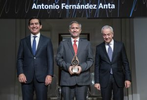antonio-fernandez-anta-premios-SCIE-FBBVA