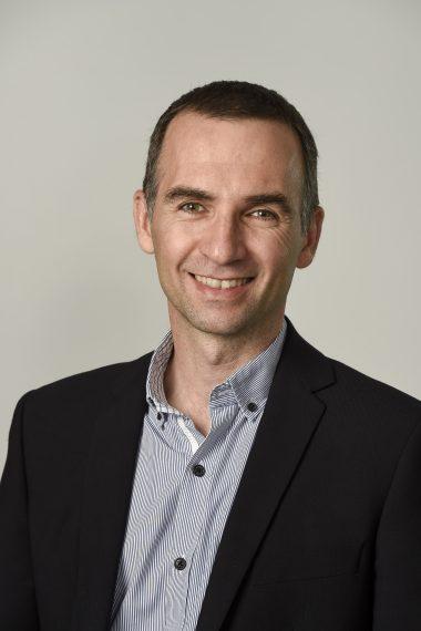 Dr. Albert Banchs